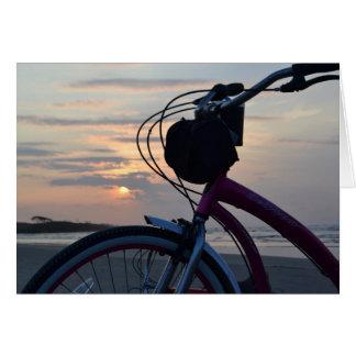 ビーチのメッセージカードの自転車 カード