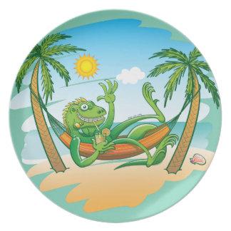 ビーチの不精なイグアナの夏 プレート