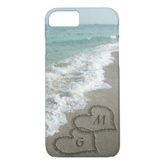 ビーチの名前入りな砂のハート iPhone 7ケース