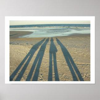 ビーチの影 ポスター