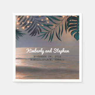 ビーチの日没およびやしライト行先の結婚式 スタンダードカクテルナプキン