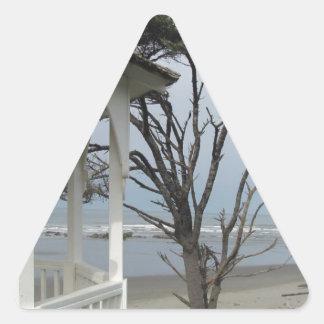 ビーチの望楼 三角形シール