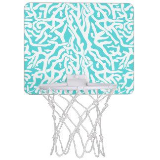 ビーチの珊瑚礁パターン航海ので白い青 ミニバスケットボールゴール