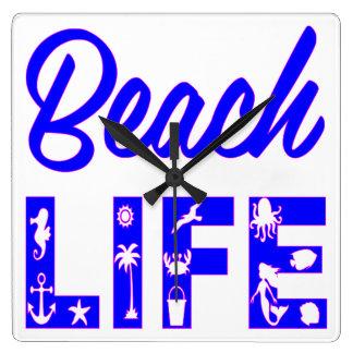 ビーチの生命FB.com/USAPatriotGraphicsの© スクエア壁時計