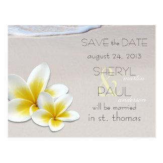 ビーチの砂の熱帯結婚式の保存日付の郵便はがき 葉書き
