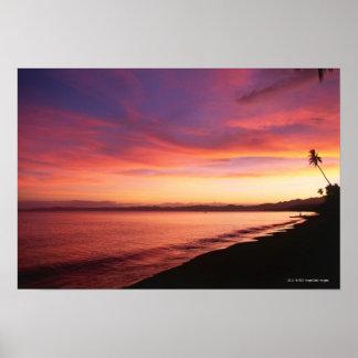 ビーチの美しい日没 ポスター