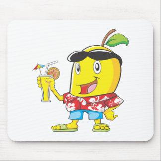 ビーチの装いの幸せなマンゴのフルーツ マウスパッド
