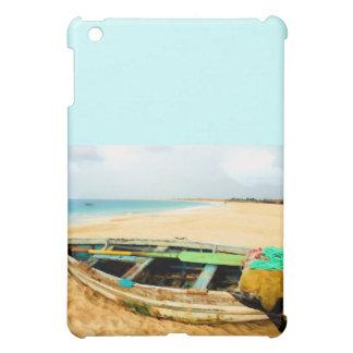 ビーチの魚釣りの小舟 iPad MINIケース