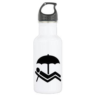 ビーチのsunchairの傘 ウォーターボトル