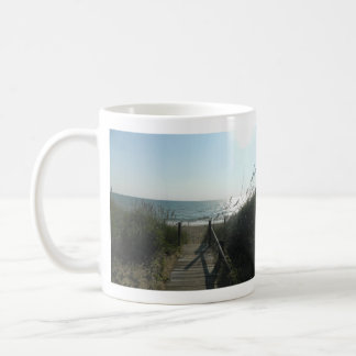 ビーチへのアクセス コーヒーマグカップ
