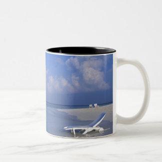 ビーチ3 ツートーンマグカップ