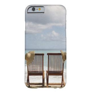 ビーチ|バルバドスの2脚の椅子 BARELY THERE iPhone 6 ケース