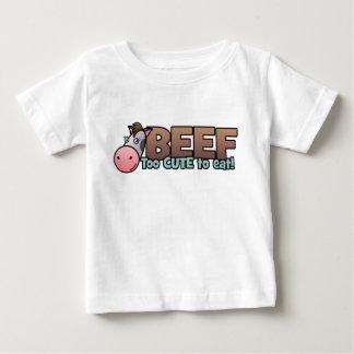 ビーフ: 余りにかわいい食べるため ベビーTシャツ