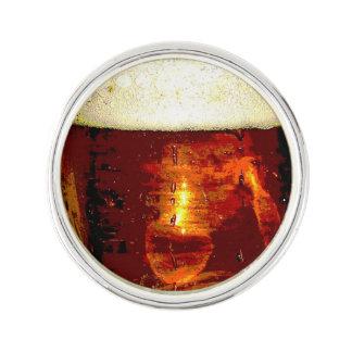 ビールおよび泡のラペルピン ラペルピン