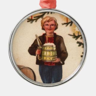 ビールクリスマスツリーのオーナメントを持つエストニア語の人 シルバーカラー丸型オーナメント