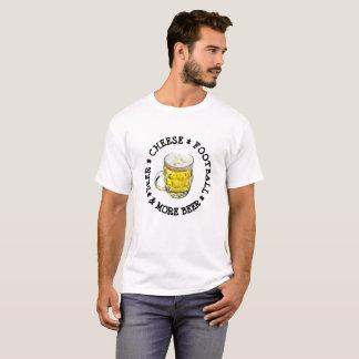 ビール。 チーズ。 フットボール。 ウィスコンシンのユーモアのワイシャツ Tシャツ