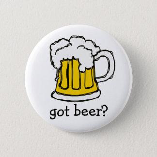 ビール! 醸造物の泡だらけの快活なマグ 缶バッジ