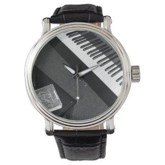 ピアノ時間 腕時計