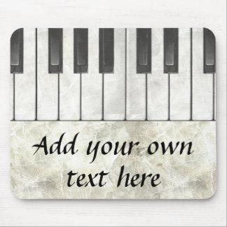 ピアノ鍵および羊皮紙のマウスパッド マウスパッド