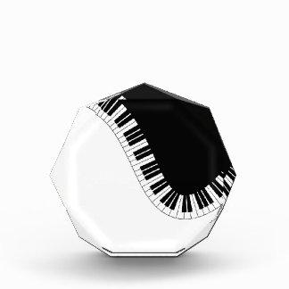ピアノ音楽 表彰盾