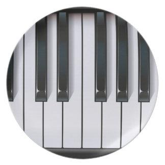 ピアノ プレート