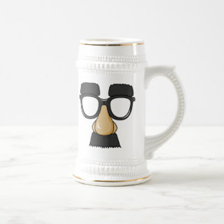 ピエロのガラスおよび鼻 ビールジョッキ