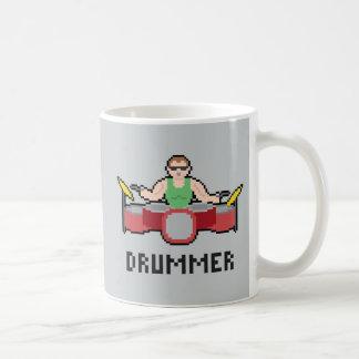 ピクセルドラマーのマグ コーヒーマグカップ