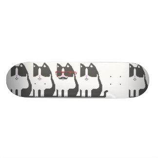 ピクセル芸術のスケートボードを立てているヒップスター猫 20.6CM スケートボードデッキ