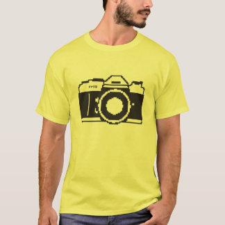 ピクセル芸術のフィルムのカメラ Tシャツ