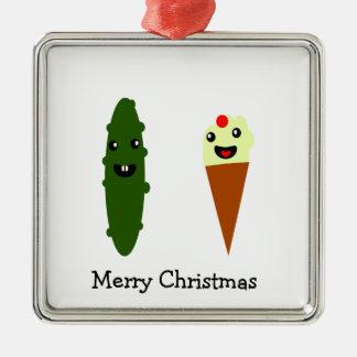 ピクルスおよびアイスクリームのメリークリスマス メタルオーナメント
