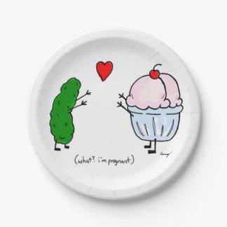 ピクルスはアイスクリームの紙皿を愛します ペーパープレート