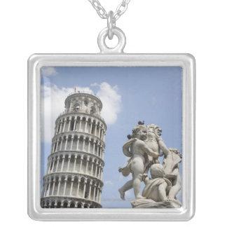 ピサおよび彫像、イタリアの斜塔 シルバープレートネックレス