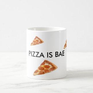 ピザはBae-のPepperoniピザBaeのマグです コーヒーマグカップ