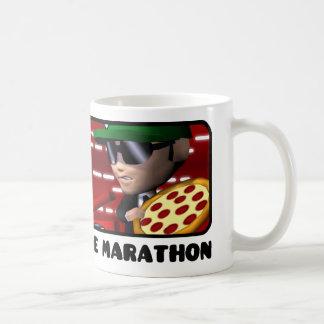 ピザ配達バイク対スクリーンのマグ コーヒーマグカップ