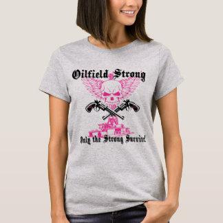 ピストルおよび翼と強い油田 Tシャツ