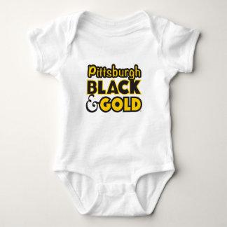 ピッツバーグのTシャツ ベビーボディスーツ