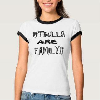 ピットブルは家族です!  女性のTシャツ Tシャツ
