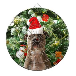 ピットブル犬のクリスマスツリーは雪だるまを飾ります ダーツボード