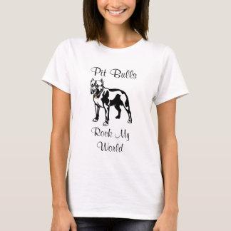 ピット・ブルは私の世界の女性l合われたTシャツを揺すります Tシャツ