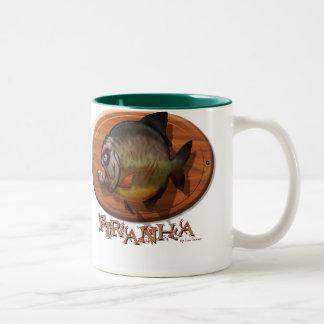 ピラニアの山 ツートーンマグカップ