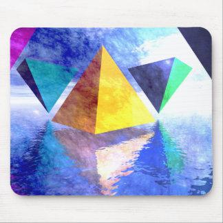 ピラミッドおよび三角形のmousepad マウスパッド