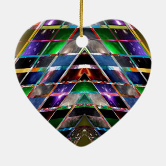 ピラミッド-楽しむな治療エネルギースペクトル セラミックオーナメント