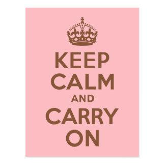 ピンクおよびブラウンのKeep Calm and Carry On ポストカード