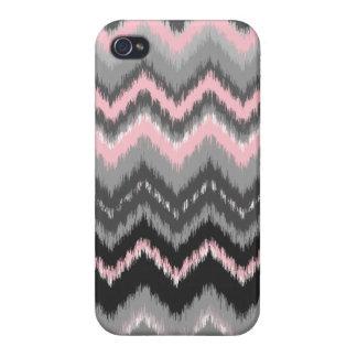 ピンクおよび灰色のイカットシェブロン iPhone 4 COVER