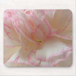 ピンクおよび白いカーネーションのマウスパッド マウスパッド