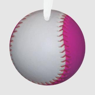 ピンクおよび白いソフトボール