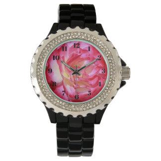 ピンクおよび白いバラの女性用腕時計 腕時計