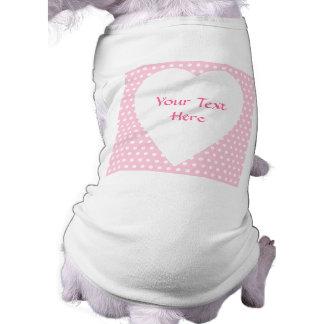 ピンクおよび白い水玉模様パターン ペット服