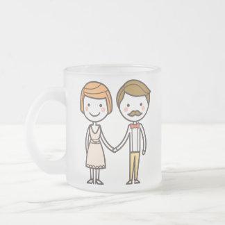 ピンクおよび白い記念日のバレンタインデーのマグ フロストグラスマグカップ