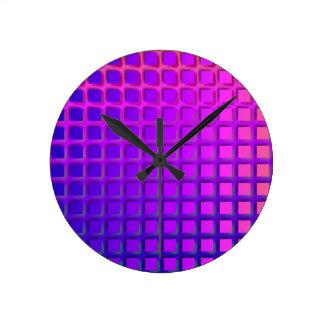 ピンクおよび紫色のファンキーな正方形パターン ラウンド壁時計